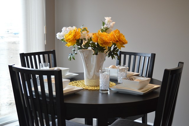¿Comprar una mesa redonda o cuadrada para mi casa?