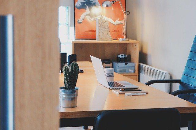 Las características que toda silla de oficina debe cumplir